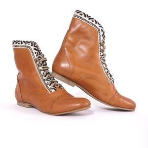 Anthropologie boho Oxford leather booties, size 9